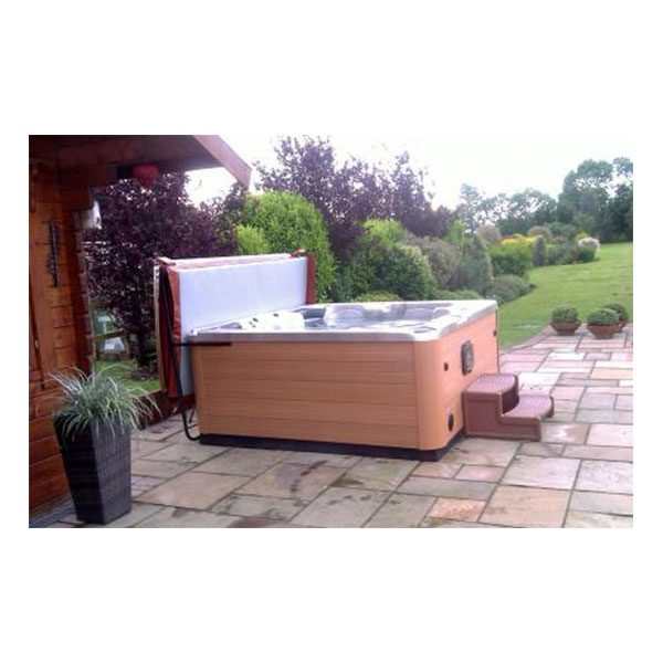 Chateau is a high end luxury spa with a lounger and 5 seats.
