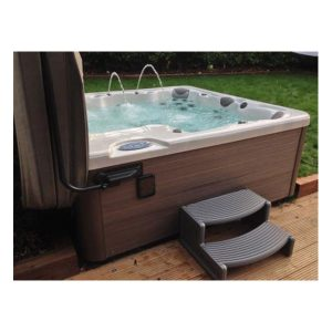 Envie - extra leg room and prefer more personal space then this spa is for you