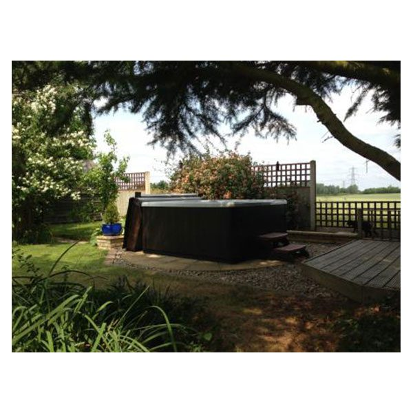 Intrigue is a great value stylish Hot Tub perfectly built for families.