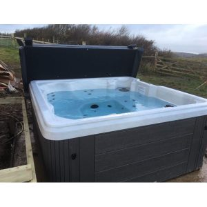 Holiday Hot Tub at Fenland Hot Tub Centre