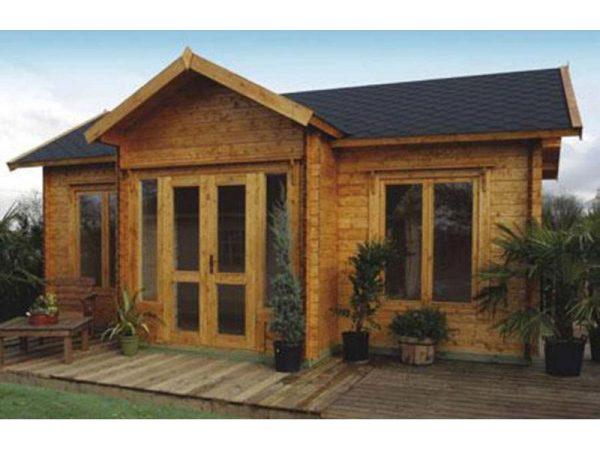 Log Cabin 228