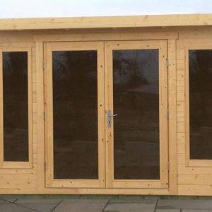 Log Cabin 335